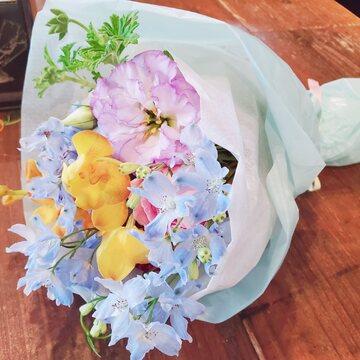 花とレインボーカラーと☆