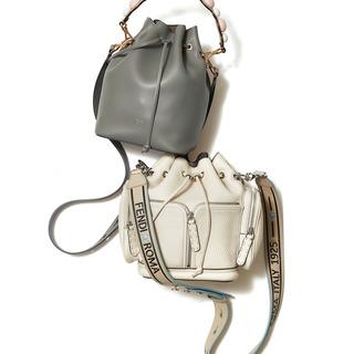 ラグジュアリーブランドのバッグを自分らしくカスタマイズ!