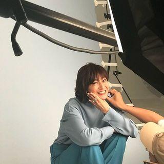 撮影中のお茶目な富岡さん♡