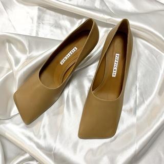 2020AW新作アイテム。私が最初に購入したのはこの靴!
