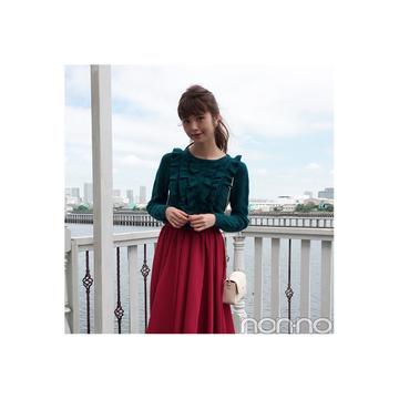 鈴木優華はグリーンのフリルニットで品良く可愛げ盛り♡【毎日コーデ】