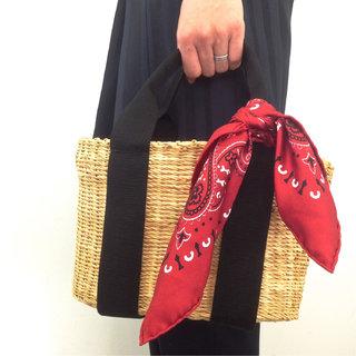 シンプルモダンなカゴバッグで夏コーデを新鮮に。