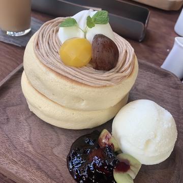 ぷるぷるふわふわ?新感覚パンケーキが美味しすぎる!