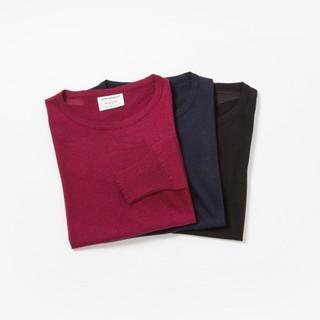 カラーはバーガンディ、ネイビー、ブラックの3色