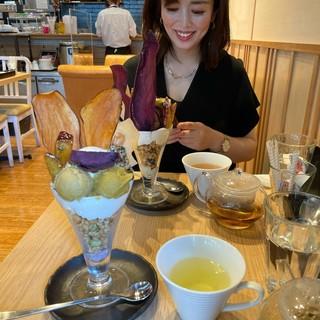 「高級芋菓子しみず」で贅沢芋パフェを @大阪福島_1_3-2
