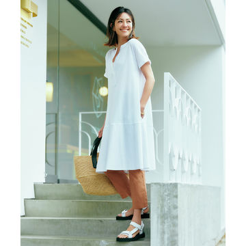 らくちんレイヤードできれいスタイル!「リビアナ コンティ」の名品レギンス&ビスチェスカート