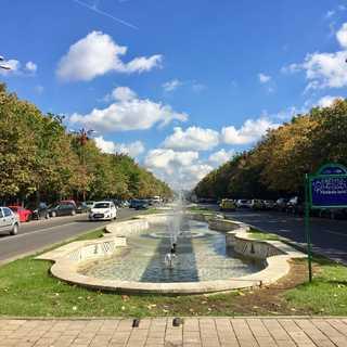 今年の秋休み(夏休み)は、東欧はルーマニアで。_1_2-3