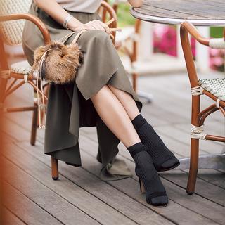 【40代おしゃれの小悩み】素足にサンダルは足先が冷えて苦手です