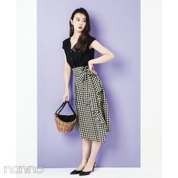 人気スタイリストに聞く!  ギンガムチェックのスカートを大人っぽく着る方法