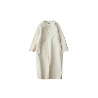 コーディネートが一気に旬になる、白いコート4選
