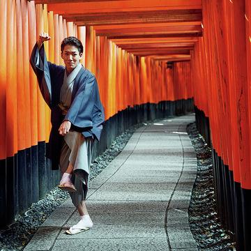 過去と現在が交錯する街。尾上右近さんの「歌舞伎俳優の京都」 五選