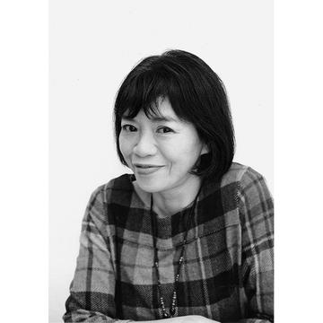 斎藤美奈子さん