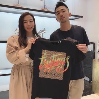 LIFE COACH 東京でオリジナルTシャツペイントにトライ!