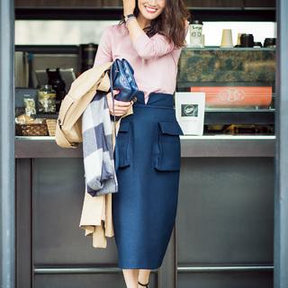 ■モードな辛口スカートでハンサムさはキープ