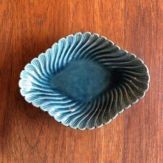 ブルー系の器が好き。京都の「尾杉商店」で見つけた骨董品