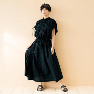 スタイリスト佐伯敦子さんプロデュース「心地よく女らしい、大人の日常スタイル」