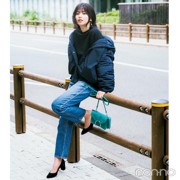 渡邉理佐はショートダウン&デニムを女っぽく着る!【毎日コーデ】