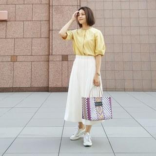 秋晴れの日はきれい色×スカートでYellow Yellow Happy