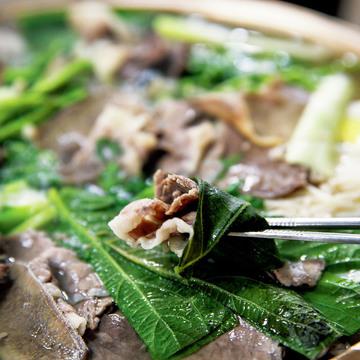 2.韓国牛スープの真髄はここで味わえる『平壌麺屋(ピョンヤンミョノク)』