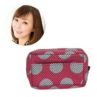 美容ジャーナリスト 小田ユイコさん「あなたのコスメポーチの中身、見せてください!」