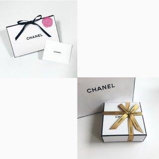 心躍るパッケージの素敵なCHANELのプレゼント
