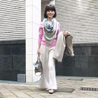 「夫とデート何着てく?」大人ピンク甘辛コーデで『女っぷり』3割増し!?