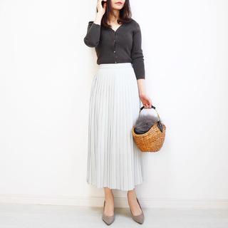 ユニクロ☆細見えプリーツスカート着回し【tomomiyuの毎日コーデ】