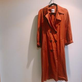 ZARAのブラウンコート、羽織りものの季節