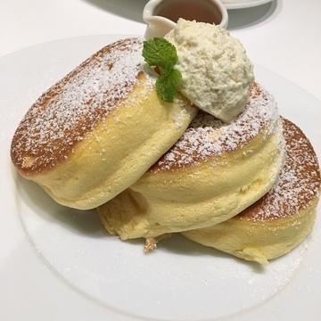 大人気!幸せのパンケーキ♡