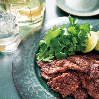 まろやかで味わい深いテキーラと、辛味や香りをきかせた牛肉を一緒に【平野由希子のおつまみレシピ #94】