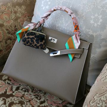 お気に入りのバッグチャーム