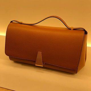 アラフォーの心をくすぐるバッグや洋服が満載!移転したボッテガ・ヴェネタ銀座店へ