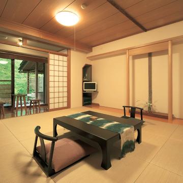 4.益子舘 里山リゾートホテル