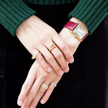 時計&ジュエリーの重ねづけでおしゃれ上手! 大人の手もとスタイル 五選