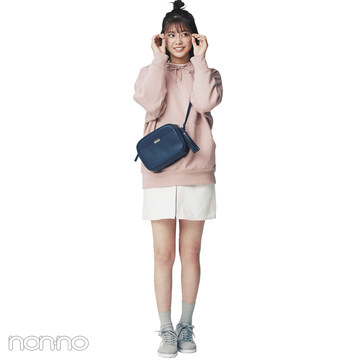 渡邉理佐はくすみピンクのスウェットで女子っぽカジュアルコーデ【毎日コーデ】