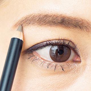■「左右非対称眉」から「女っぷり眉」へのポイント