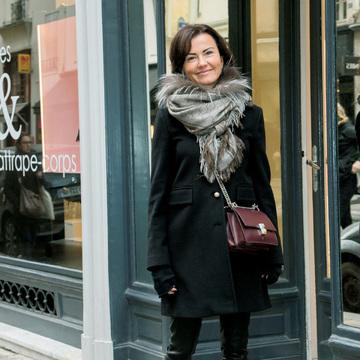 女っぽさは「チェーンバッグ」で投入!パリ&ミラノ最新SNAP 五選