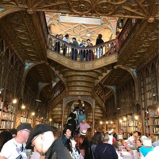 ポルトガルへ行って来ました〜世界一美しい書店編〜_1_2