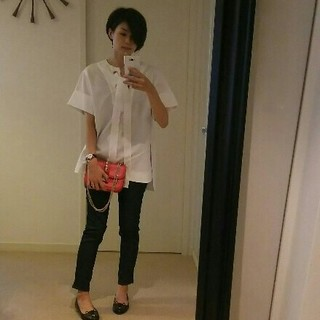 大好きな白シャツ
