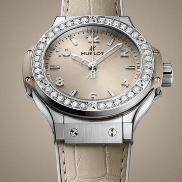 日本限定!シーズンレスで活躍するウブロの時計「ビッグ・バン ベージュ ダイヤモンド」