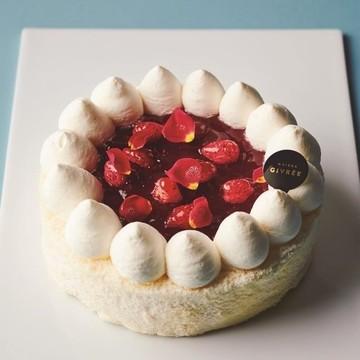 「ピエール・エルメ・パリ」ほか人気の冷凍ケーキをお取り寄せ【三越伊勢丹オンラインサイト】