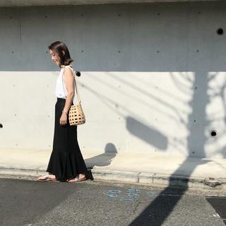 暑い夏でもやっぱり黒が着たい!今年の夏は「モノトーンコーデ」に夢中