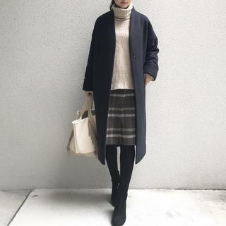 愛用しているニット&スカートで寒い季節のあったかコーデ