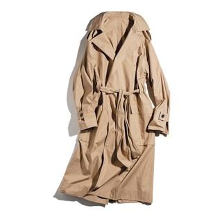 1枚で今っぽい!主役コートと大人のロゴTシャツ【ファッション名品】