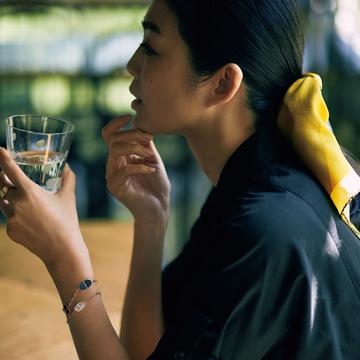 【洗練ブレスレット&バングル】エルメスの「シェーヌ・ダンクル・ヴェルソ」で優雅なインパクトを手もとに