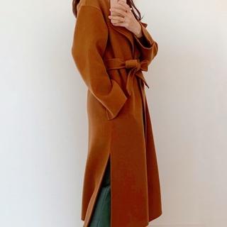 今年のコートはゆったりフォルムで