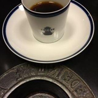 珈琲だけのお店、銀座カフェ・ド・ランブルで美味しい休憩時間を。