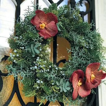 クリスマスリースにオリジナリティを!アジアンテイストの「花飾り」【Jマダム通信】