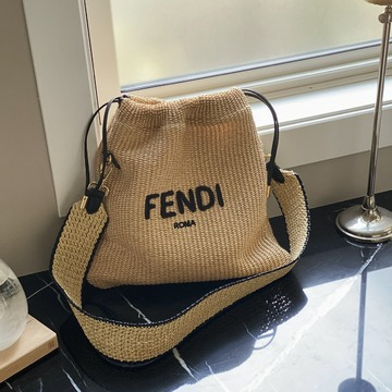 [富岡佳子private life]FENDI