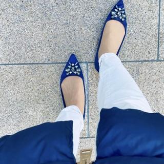 春の女っぷりは足元をブルーに♡